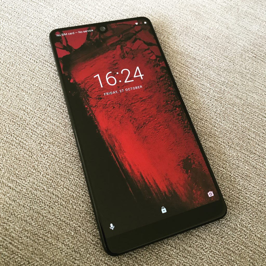 UK Essential Phone review - DLS Tech